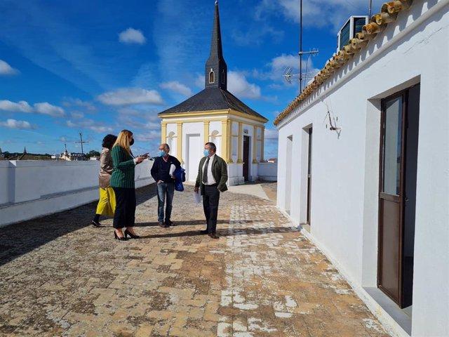 Visita del delegado de Administración Local a Valverde del Camino (Huelva).