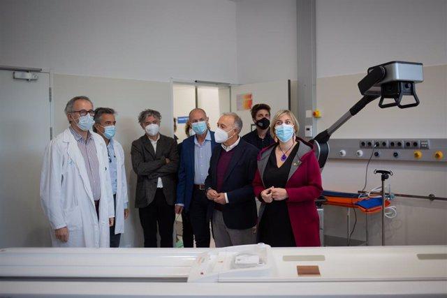 La consellera de Salut de la Generalitat, Alba Vergés, visita el nou espai polivalent a l'Hospital Moisès Broggi de Sant Joan Despí. Catalunya (Espanya), 20 d'abril del 2021.
