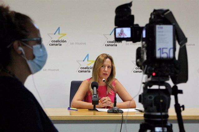 Archivo - La diputada de CC-PNC en el Parlamento de Canarias Rosa Dávila