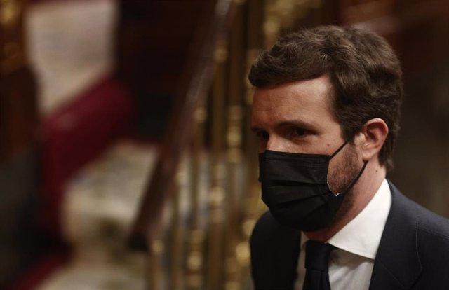 El líder del PP, Pablo Casado, durante una sesión de control al Gobierno Central, a 21 de abril de 2021, en el Congreso de los Diputados, Madrid, (España).