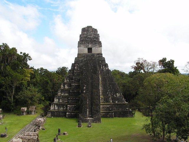 Templo en Tikal