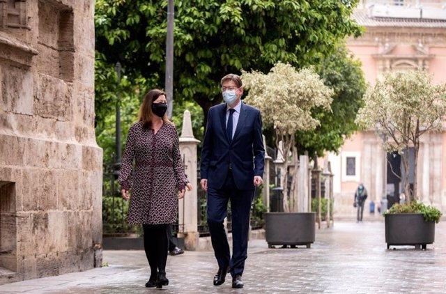 Los presidentes balear y valenciano, Francina Armengol y Ximo Puig,