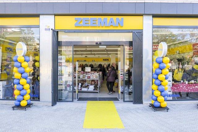 Archivo - Arxiu - Una botiga de Zeeman.