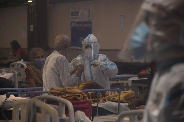 Hospital en Nueva Delhi con pacientes COVID-19