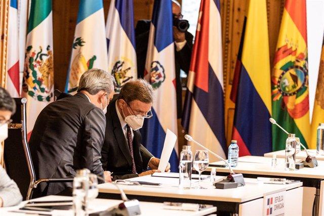 Arxiu - El president de  la República Dominicana, Luis Abinader, en la reunió plenària de la XXVII Cimera Iberoamericana.