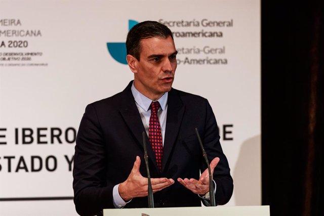 El presidente del Gobierno de España, Pedro Sánchez, comparece ante los medios de comunicación tras la celebración del pleno del XXVII Cumbre Iberoamericana de Jefes de Estado y de Gobierno, a 21 de abril de 2021, en Andorra la Vella (Andorra). La Cumbre