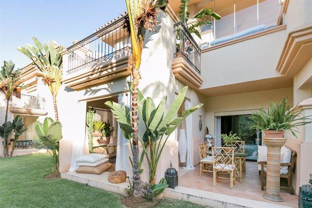 Archivo - Un alojamiento de Airbnb en Marbella (Málaga).