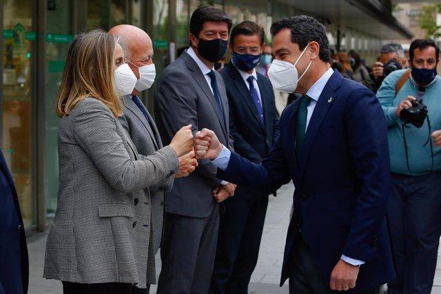 Juanma Moreno, visita las nuevas instalaciones del Hospital Materno Infantil Virgen de las Nieves de Granada