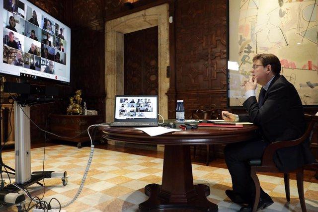 Puig es reuneix per videoconferència amb experts