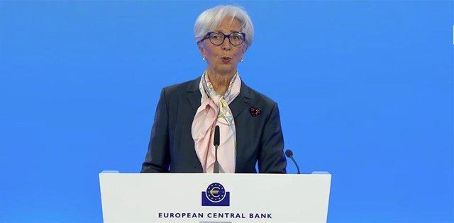 Christine Lagarde, presidenta del BCE, en rueda de prensa el 22 de abril de 2021