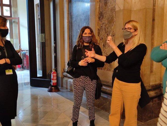 La diputada de ERC en el Parlament Laura Vilagrà y la vicepresidenta de Junts, Elsa Artadi.