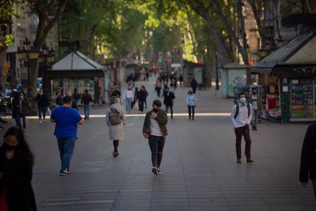 La Rambla de Barcelona sense les tradicionals parades de llibres