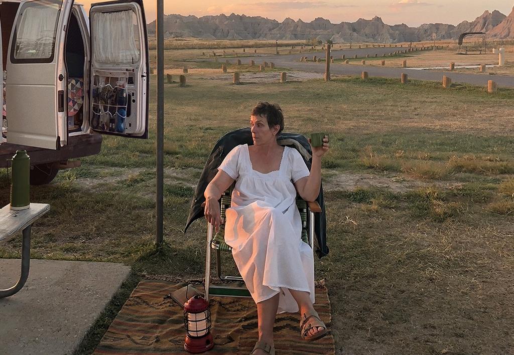 'Nomadland' triunfa en los Independent Spirit Awards y se afianza como favorita a los Oscar