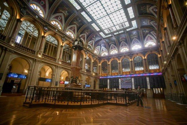 Archivo - Interior del Palacio de la Bolsa