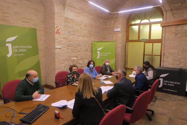 Reunión sobre el Plan de Formación para Municipalistas.