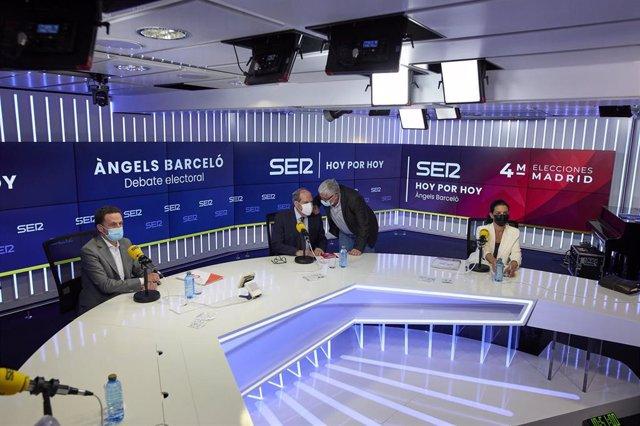 El candidato de Cs, Edmundo Bal; el candidato del PSOE, Ángel Gabilondo; y la candidata de Vox, Rocío Monasterio, minutos antes de que de comienzo un debate electoral organizado por la cadena SER