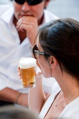 Archivo - Cerveza, beber