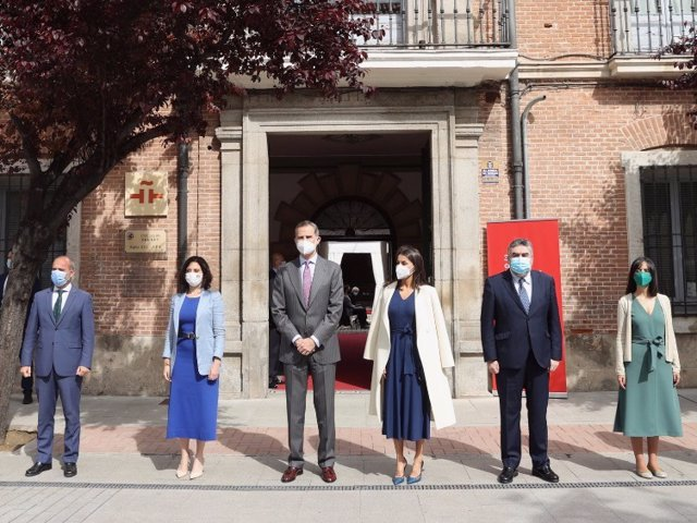 Los Reyes han conmemorado el Día Internacional del Libro en la sede del Insitituo Cervantes en Alcalá de Henares