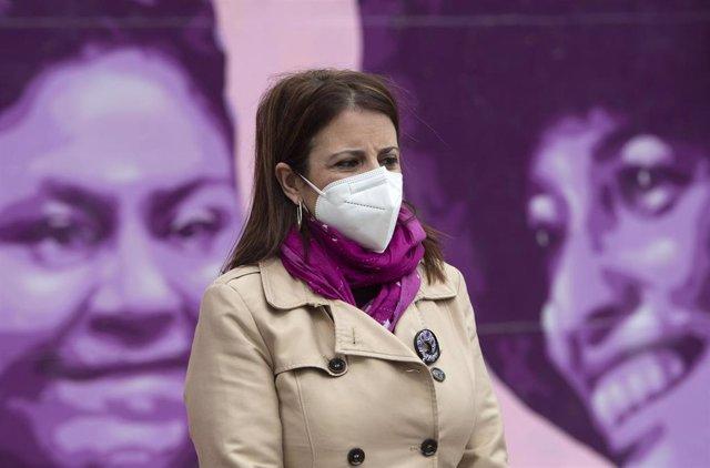 La portavoz socialista en el Congreso, Adriana Lastra, durante el acto de apoyo a 'Los 8 de Airbus' y 'Los 2 de la Lealtad', a 23 de abril de 2021 en Getafe, Madrid (España)