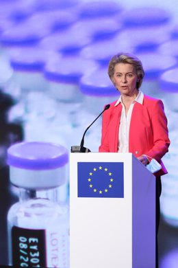 23 April 2021, Belgium, Puurs: European Commission President Ursula Von der Leyen and Belgian Prime Minister Alexander De Croo (not pictured) hold a press conference during their visit to the Covid-19 vaccine production site of Pfizer-BioNTech. Photo: Ben