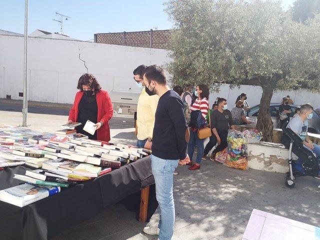 Moreno, en la Feria del Libro y la Artesanía de la localidad