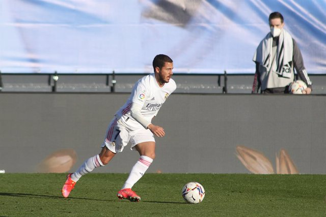 Archivo - Eden Hazard of Real Madrid in action during the spanish league, La Liga Santander, football match played between Real Madrid and Elche at Alfredo di Stefano stadium on March 13, 2021, in Valdebebas, Madrid, Spain.