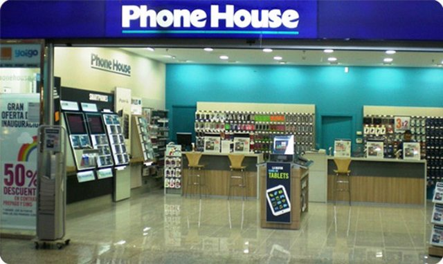 Archivo - Tienda Phone House