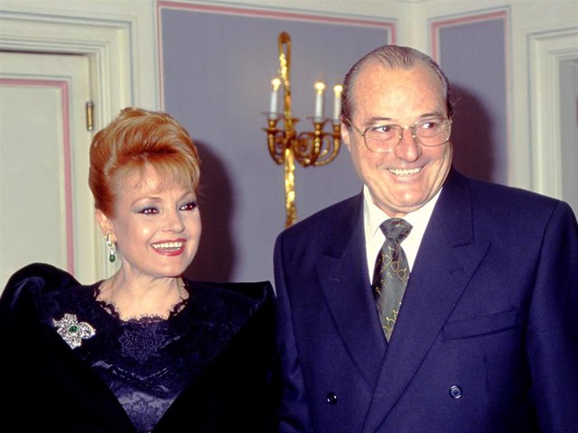 CARMEN SEVILLA Y VICENTE PATUEL