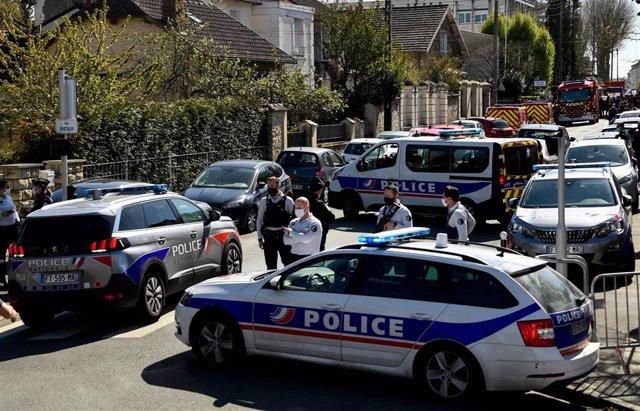 Despliegue policial en Rambouillet