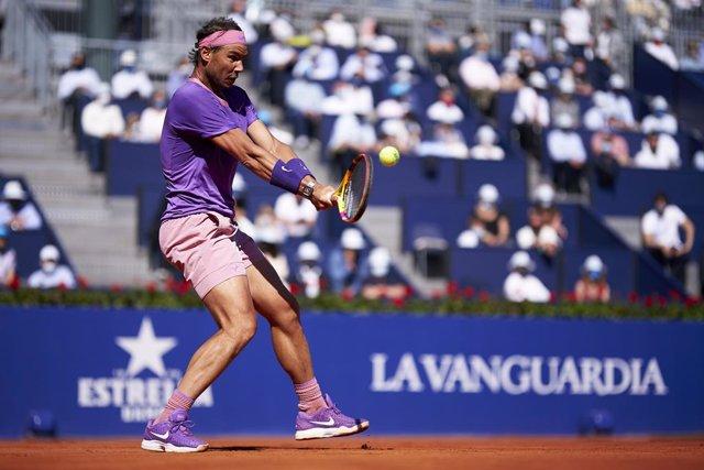 El tennista espanyol Rafa Nadal en la seva victòria sobre el també espanyol Pablo Carreño en les semifinals del Barcelona Open Banc Sabadell 2021
