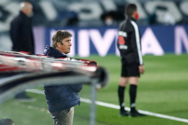Manuel Pellegrini, head coach of Real Betis, looks on during the spanish league, La Liga, football match played between Real Madrid and Real Betis at Ciudad Deportiva Real Madrid on April 24, 2021, in Valdebebas, Madrid, Spain.