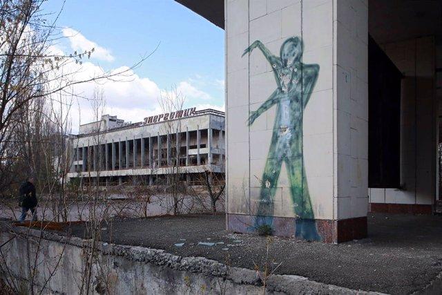 Un mural en Prípiat, cerca de Chernóbil