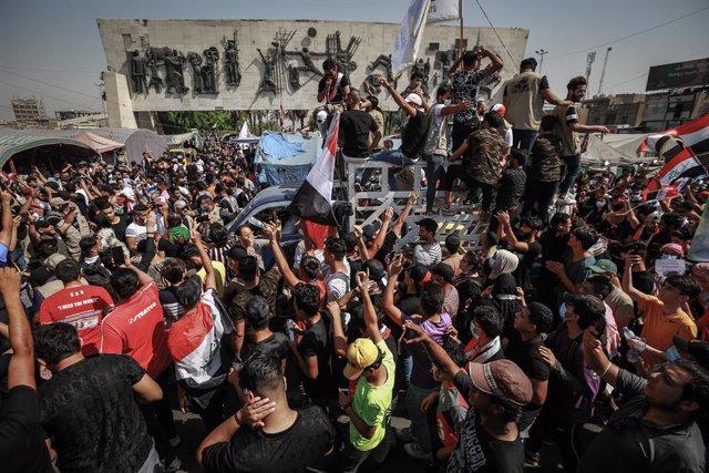 Archivo - Manifestación antigubernamental en la capital de Irak, Bagdad