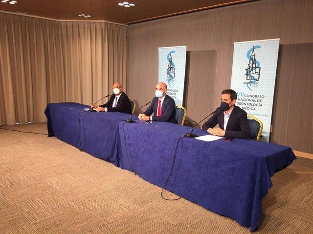 Clausura del VII Congreso de Deontología Médica que ha acogido el Colegio de Médicos de Toledo .