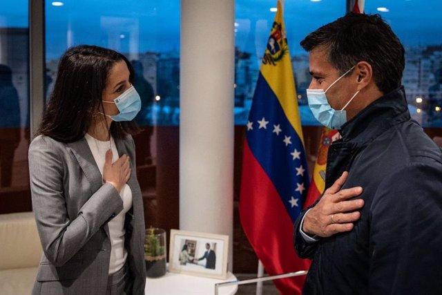 Archivo - La presidenta de Ciudadanos, Inés Arrimadas, ha recibido este miércoles al opositor venezolano Leopoldo López