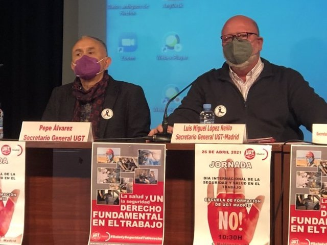 El secretario general de UGT, Pepe Álvarez, y su homólogo en Madrid, Luis Miguel López Reillo.