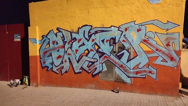 Pintada en el campo de fútbol municipal Miquel Nadal, en Palma.