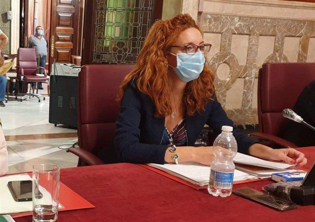 La concejal socialista del Ayuntamiento de Sevilla Clara Macías