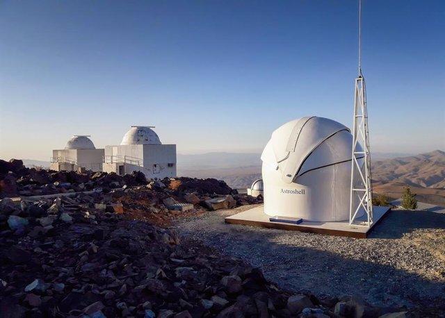 Archivo - El Telescopio Test-Bed 2 en el Observatorio La Silla de ESO