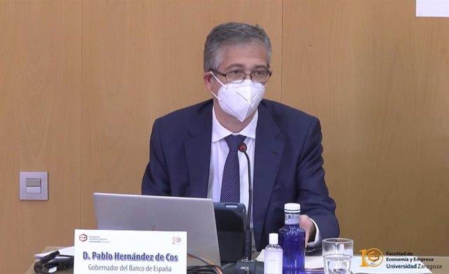 El gobernador del Banco de España, Pablo Hernández de Cos, en una conferencia en la Universidad de Zaragoza.-