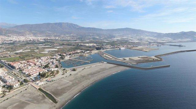 Archivo - Puerto de Motril