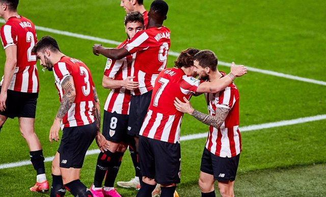 Inigo Martinez of Athletic Club celebrates his goal with his teammates during the Spanish league, La Liga Santander, football match played between Athletic Club and Atletico de Madrid at San Mames stadium on April 25, 2021 in Bilbao, Spain.