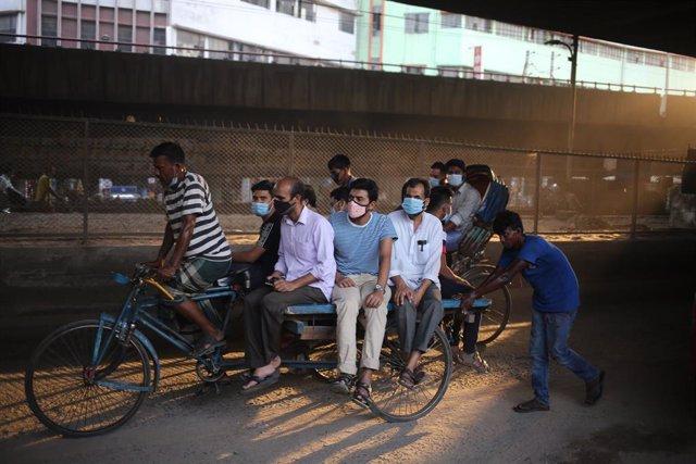 Imagen de archivo de la pandemia en Bangladesh.