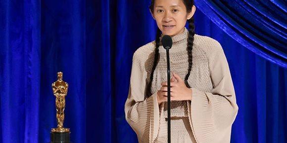 1. ¿Por qué China censura el histórico triunfo de Chloé Zhao en los Oscar?