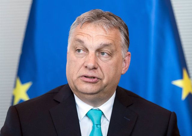 Archivo - FILED - 04 July 2018, Berlin: Hungarian Prime Minister Viktor Orban speaks during a meeting at the German Bundestag. Orban on Friday announced that citizens who have received at least their first dose of a coronavirus vaccine will be able to vis