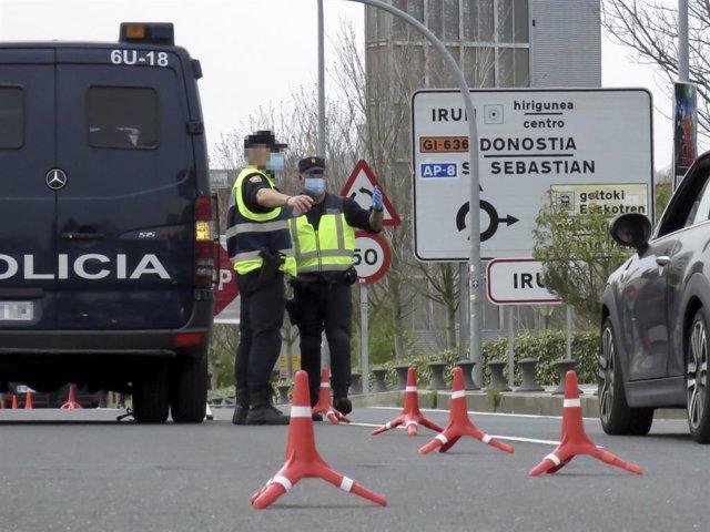 Arxiu - Policies nacionals a la frontera amb França.