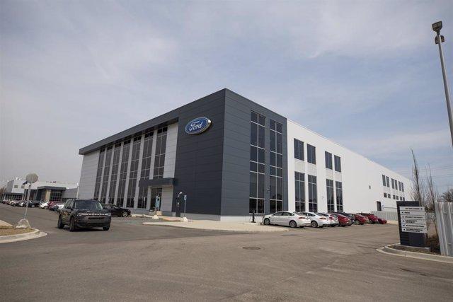 Centro de baterías de Ford.