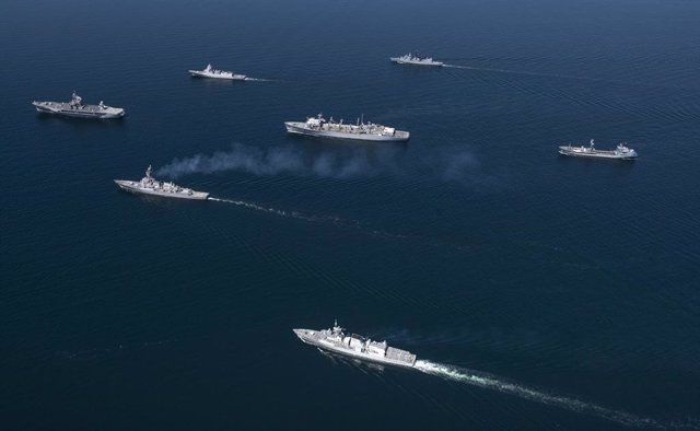 Archivo - 08 June 2020, US, Baltic Sea: Navy ships from NATO member nations in sail in formation during Baltic Operations military exercise in the Baltic Sea. Photo: Mc1 Kyle Steckler/Planet Pix via ZUMA Wire/dpa
