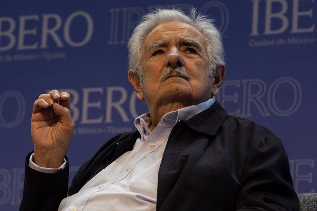 Archivo - 01 December 2019, Mexico, Mexico City: Uruguayan Former President Jose Mujica, speaks during a press conference at the The Ibero-American University, as part of his visit to Mexico. Photo: Gerardo Luna/NOTIMEX/dpa