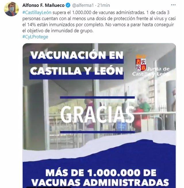 Tuit de Alfonso Fernández Mañueco en el que informa de que ya se han administrado más de un millón de dosis de vacunas.